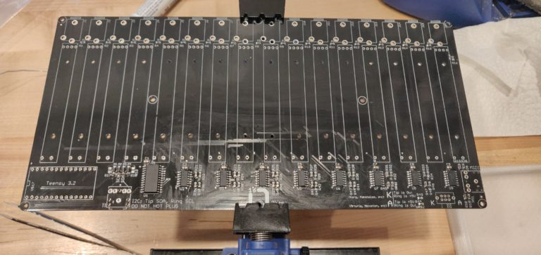 Faderbank 16n ICs and diodes