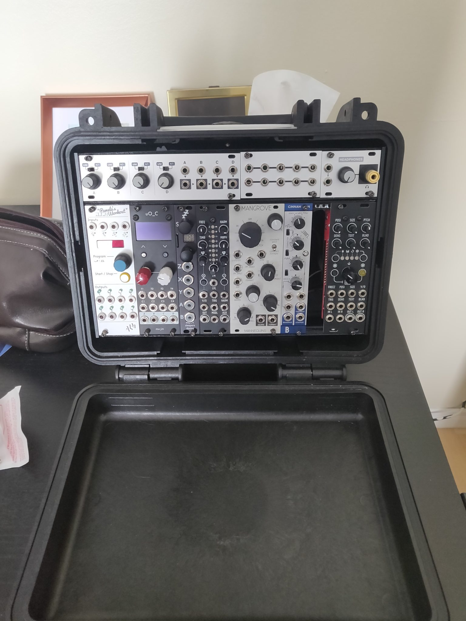 DIY Eurorack Lunchbox: Build Diary #11